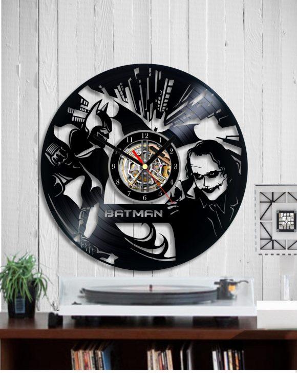 vinyl-clock-batman-and-joker