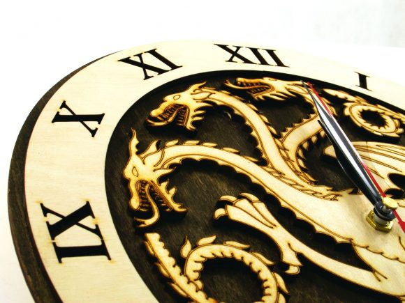 wood-clock-game-of-thrones4