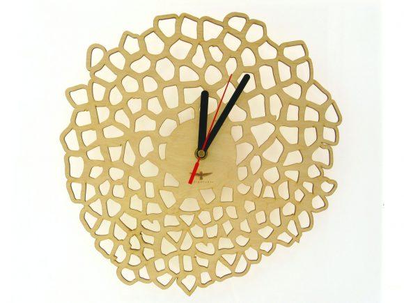 wood-clock-giraffe2i-2