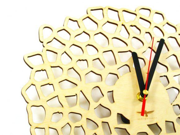 wood-clock-giraffe2i-5