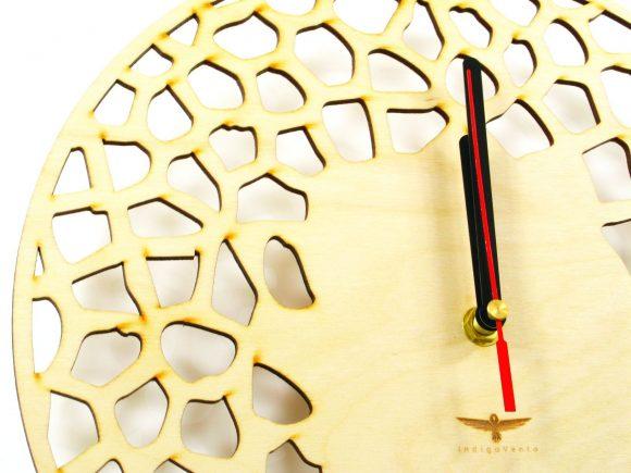 wood-clock-giraffe3-5