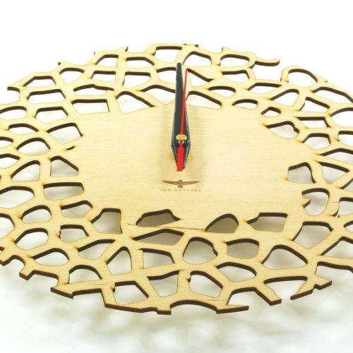 wood-clock-giraffe4