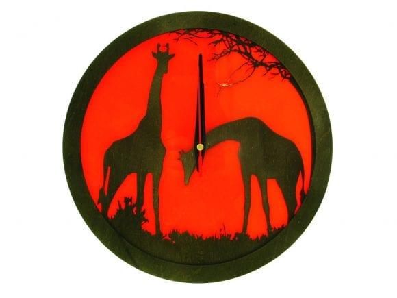 wood-clock-africa-giraffe