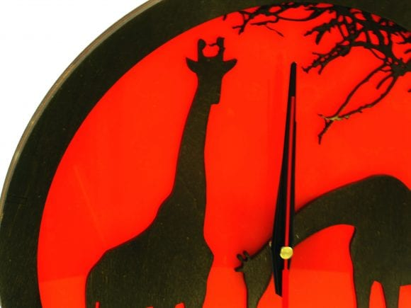 wood-clock-africa-giraffe3
