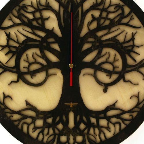 wood-clock-tree-reflection2