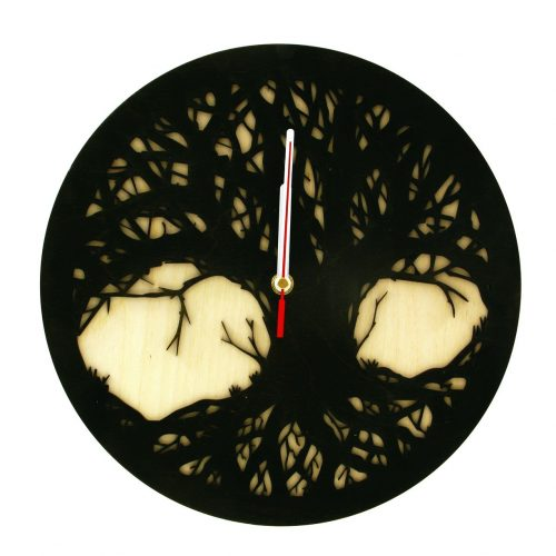 wood-clock-tree-scary1
