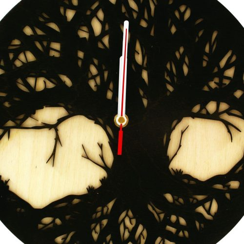 wood-clock-tree-scary2