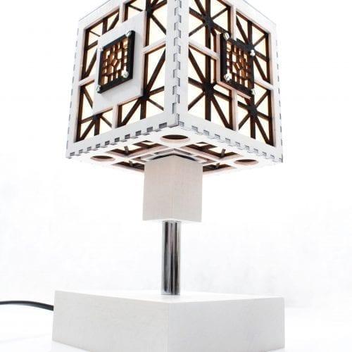 wood-lamp-cube
