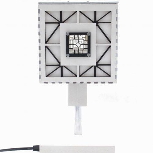 wood-lamp-cube2