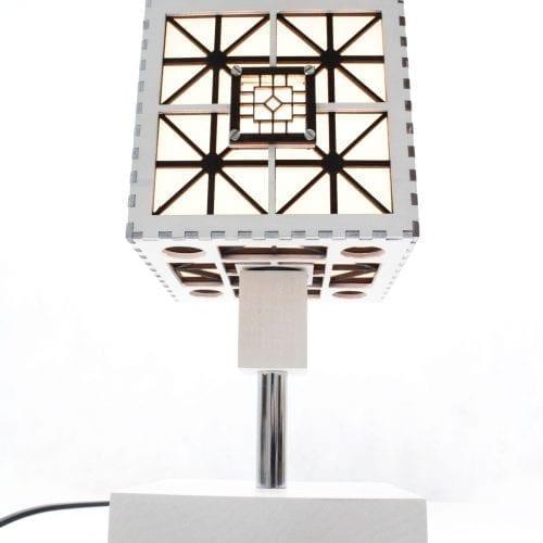 wood-lamp-cube3