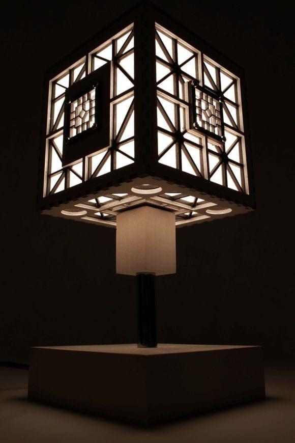 wood-lamp-cube5