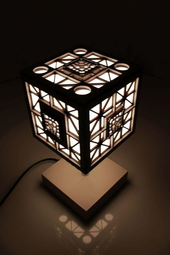 wood-lamp-cube6