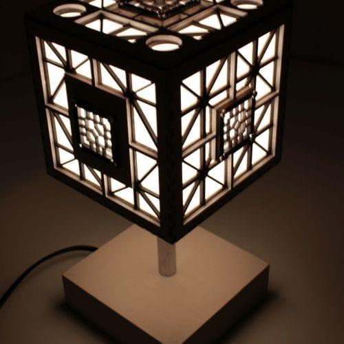 wood-lamp-cube7