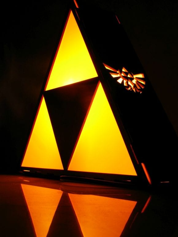 Triforce Wood Lamp Indigovento