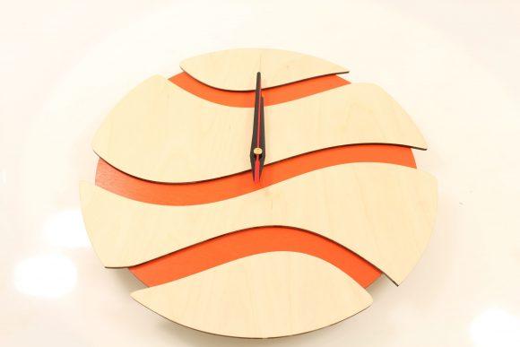 wood-clock-f4