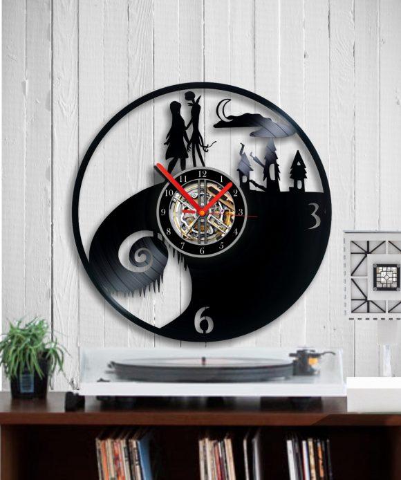 vinyl-clock-nightmare1