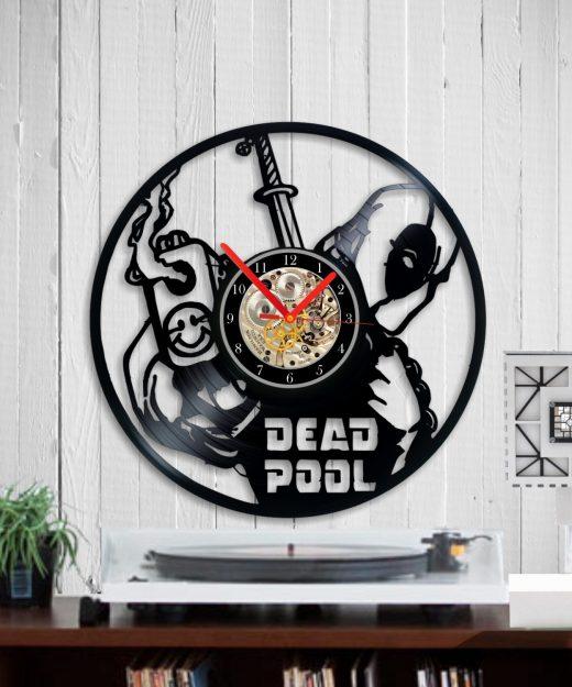 vinyl-clock-deadpool1