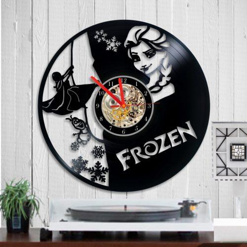 vinyl-clock-frozen