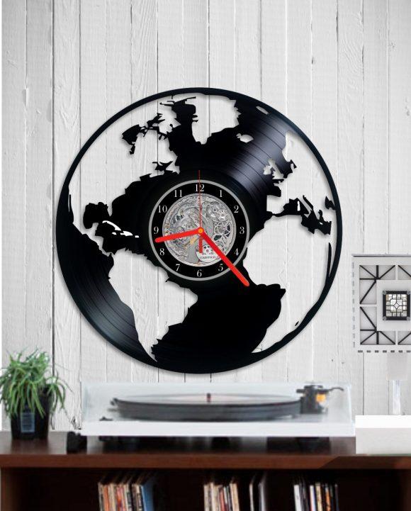 vinyl-clock-world-map